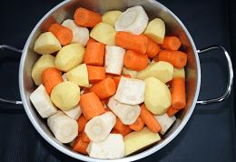Pastinaak wortelstamppot - baby 6 maanden - sandrakookt.nl